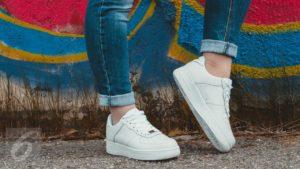 Tips Untuk Menjaga Dan Merawa Sepatu Sneakers Anda Dengan Cara Yang Sederhana Dan Praktis